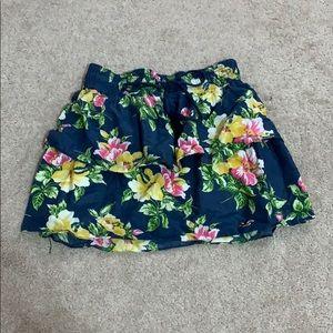 Hollister flower patterned skirt